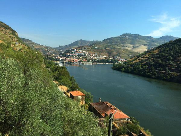 pinhao-douro-river