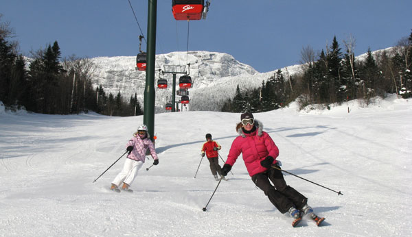 Top 10 new england ski resorts for families familyskitrips for Ski cabins in new hampshire