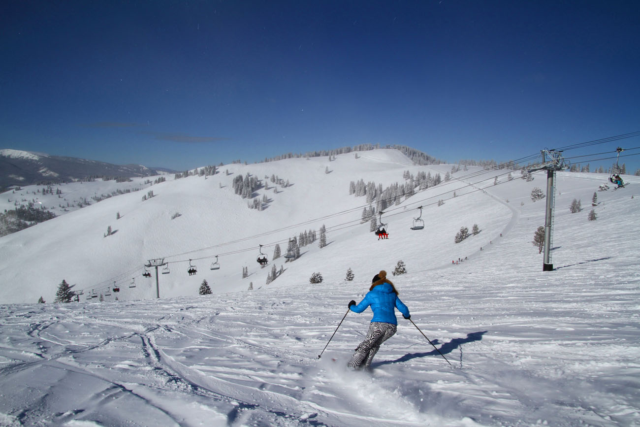 top 10 colorado ski resorts for families | familyskitrips