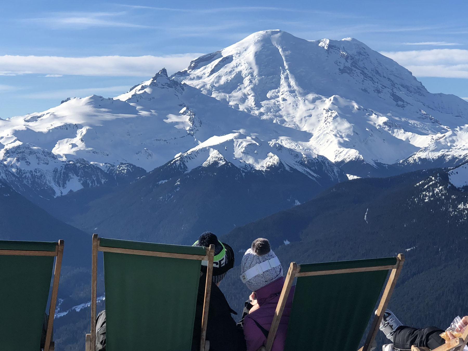 best on mountain dining at ski resorts | familyskitrips