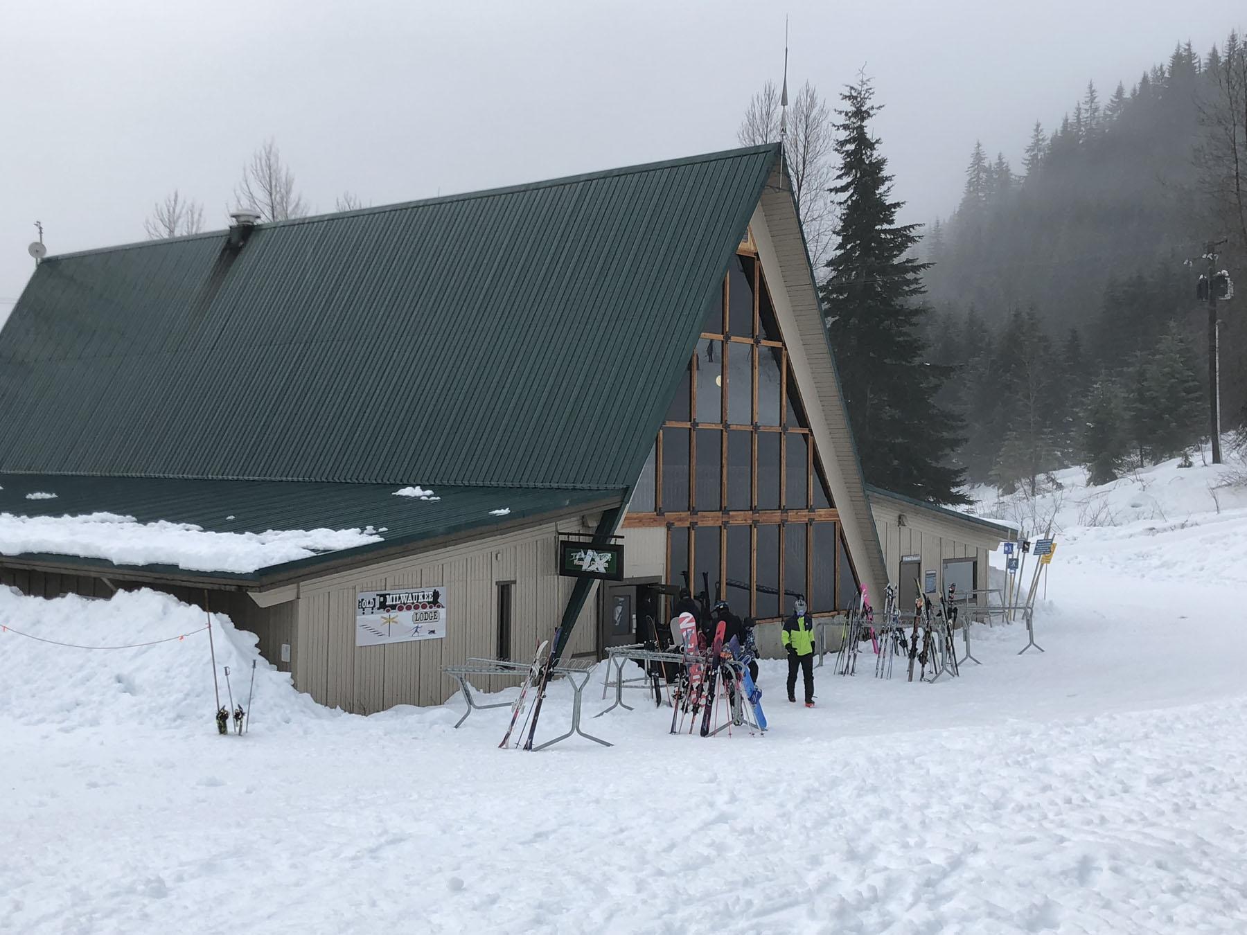 Summit at Snoqualmie Skiing | FamilySkiTrips